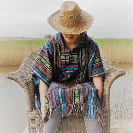 Dik geweven Nepalese poncho met capuchon