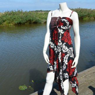 strapless jurk is voorzien van een elastische top en een wijduitlopende rok