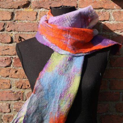 Fair trade zijden sjaal met vilt