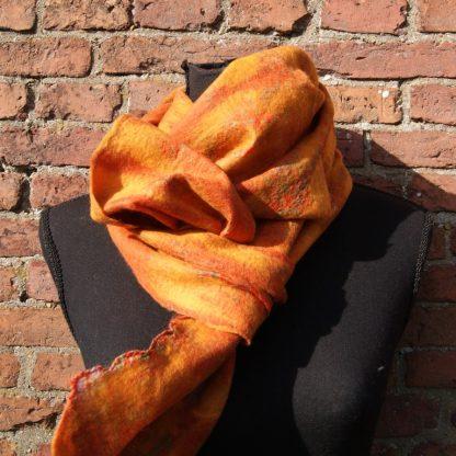 Zijden sjaal gevilt met merino wol
