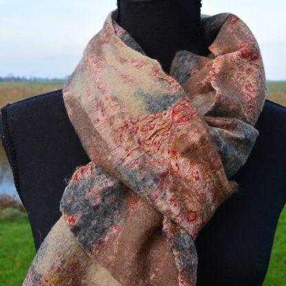 Fair Trade handgemaakte sjaal van vilt op zijde