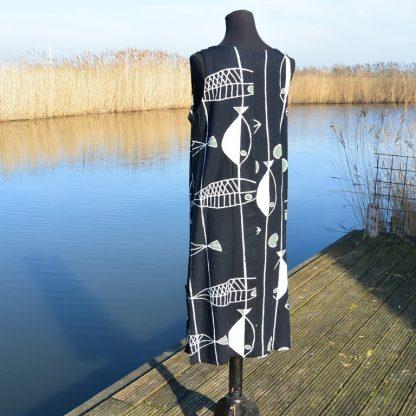 Lange linnen jurk met ronde hals mouwloos