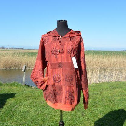 Rood patch shirt met boord en capuchon