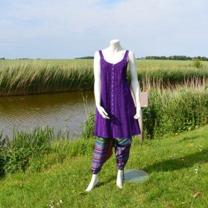 alternatief-jurkje-van-viscose-geborduurd