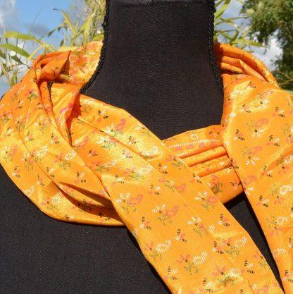 zijden sjaal oranje