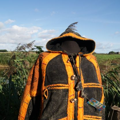 Winterjas met capuchon oranje en zwart