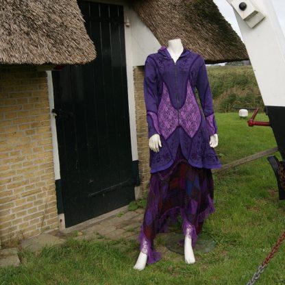 Alternatieve kleding paars