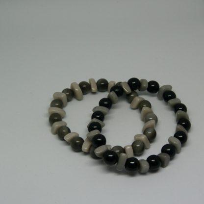 armbandje aan elastiek zwart en grijs