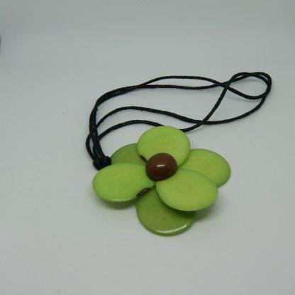 Halsketting met groene bloem