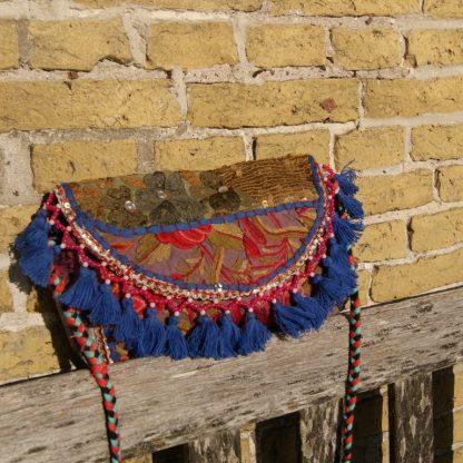 Hippie Embroidery tas met pom pom