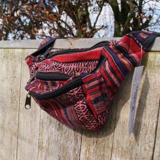Kleurrijk heuptasje uit Nepal - kleurrijke kleding - fair trade
