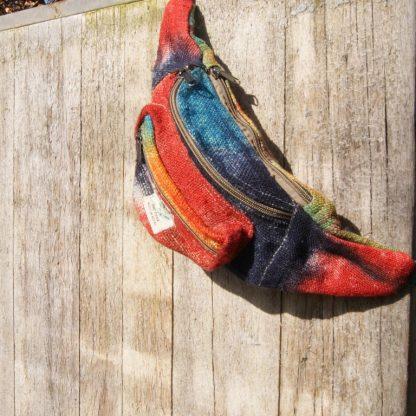 Heuptasje fanny pack Nepal regenboog - AnnaS Webshop