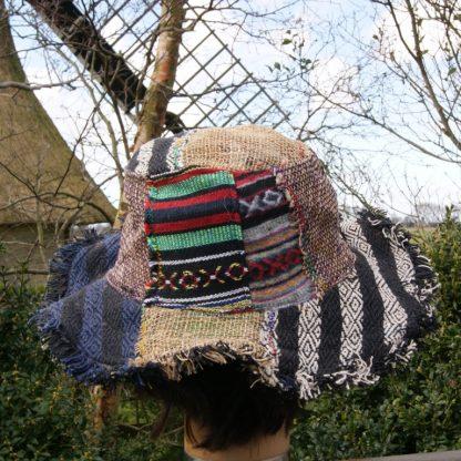 Kleurrijke hoed uit Nepal