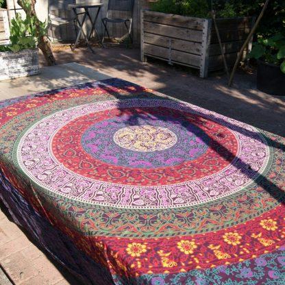 Mandala doek - tafelkleed met bloemen - katoenen India kleed