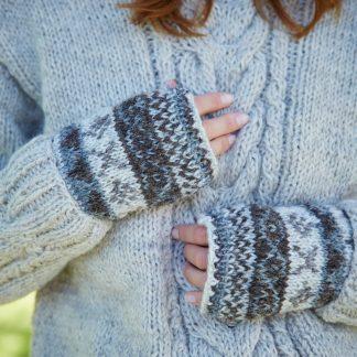 Pachamama - wollen handwarmer - ingebreide patronen - Fair trade - fleece gevoerd - Finisterre