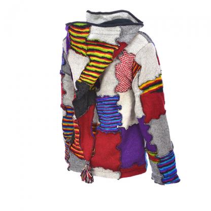 Wollen Nepal vest - patch - gevoerd met fleece - punt capuchon